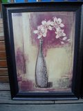 marked down;Great Condition Flower Vase Art in Plainfield, Illinois